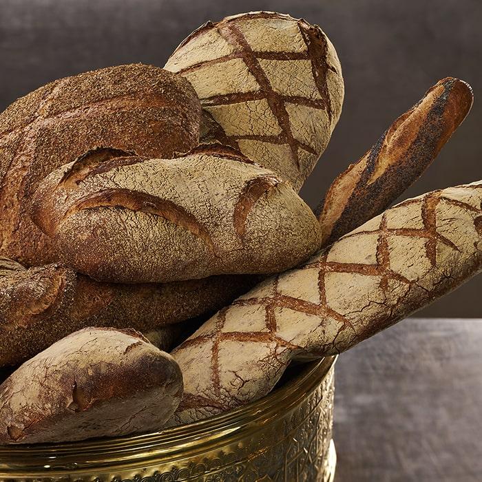 разные виды ржаного хлеба с добавлением глюкозооксидазы фермента